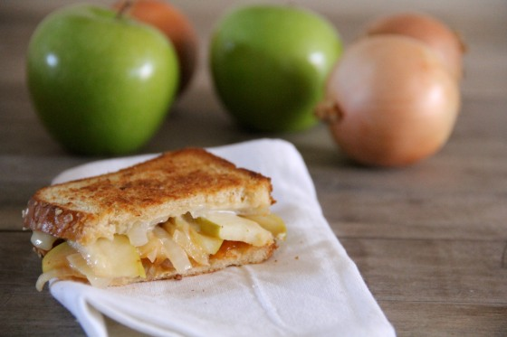 ... Onion and Apple Grilled Cheese with an Apricot Sriracha Spread
