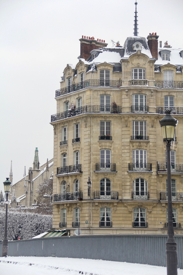 Snowy Paris - 22