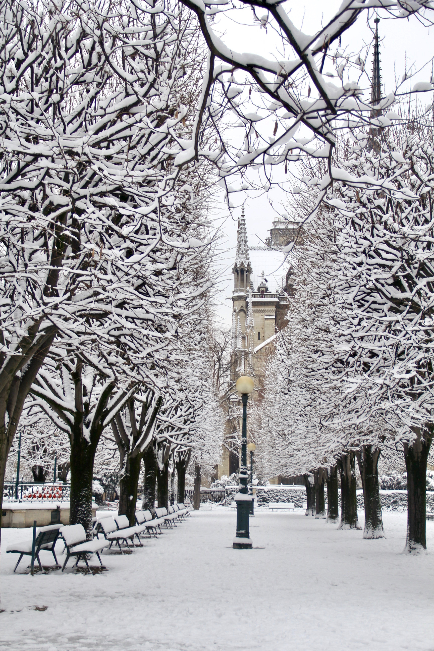 Snowy Paris - 28