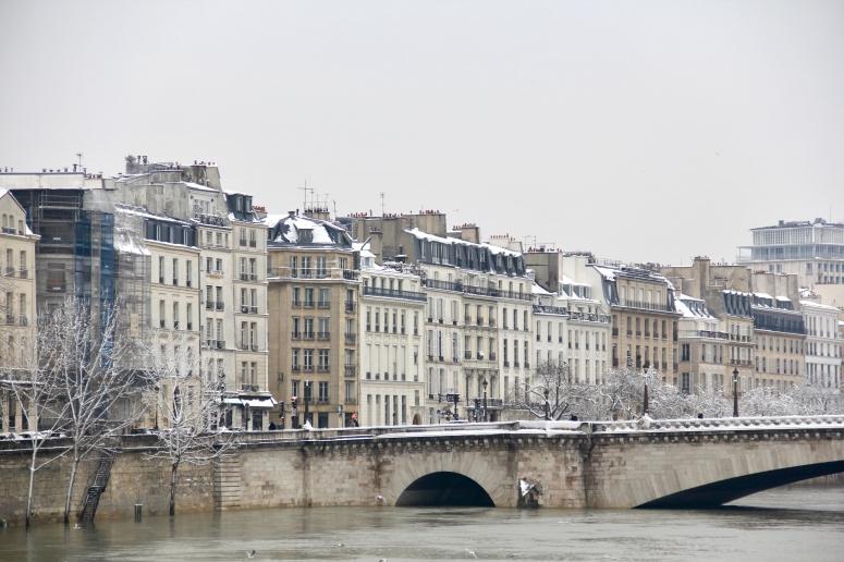Snowy Paris - 31