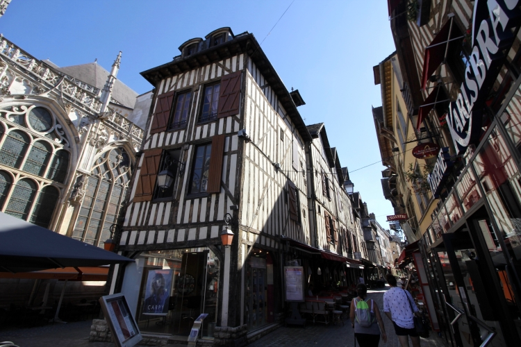 Troyes - 15