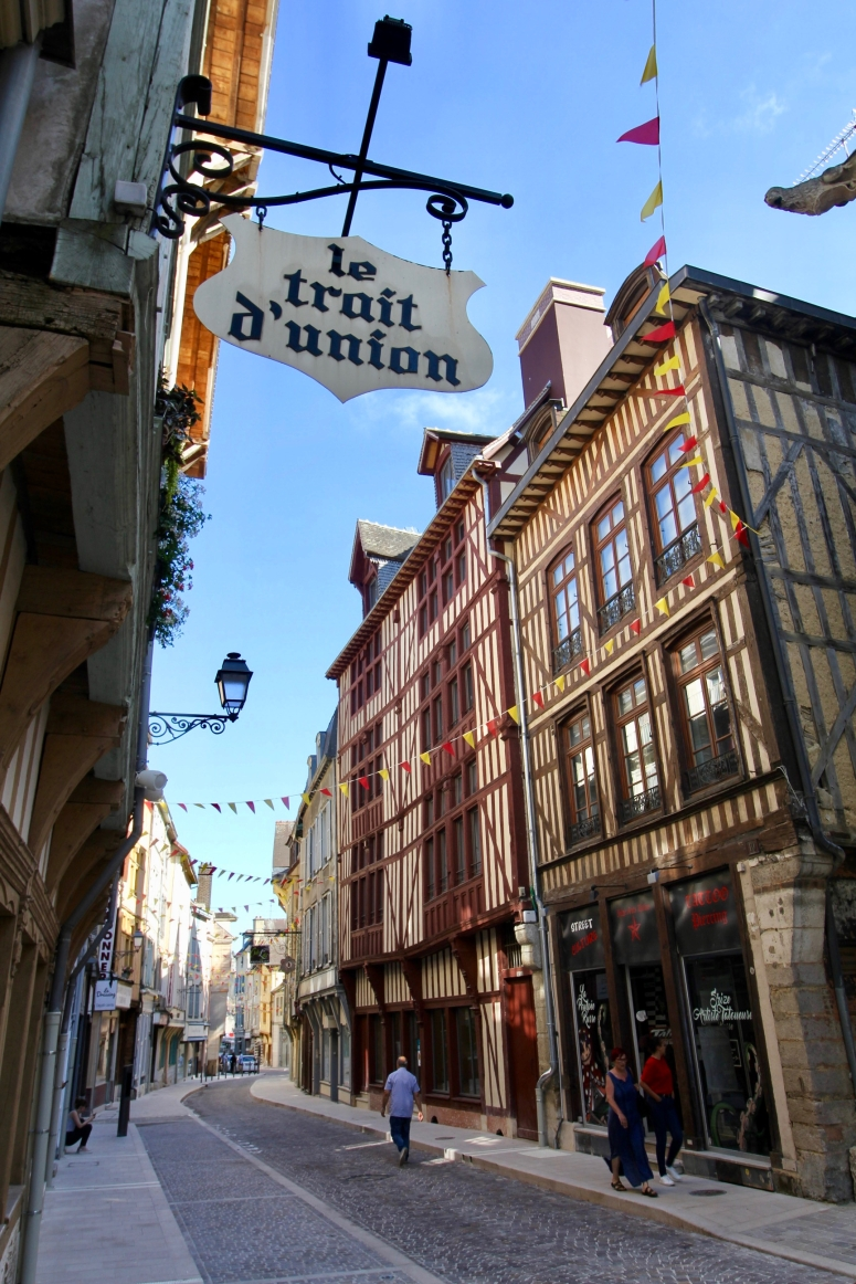 Troyes - 19