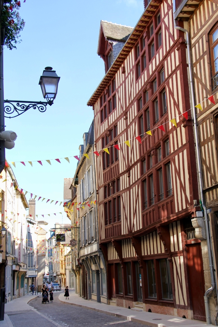 Troyes - 21