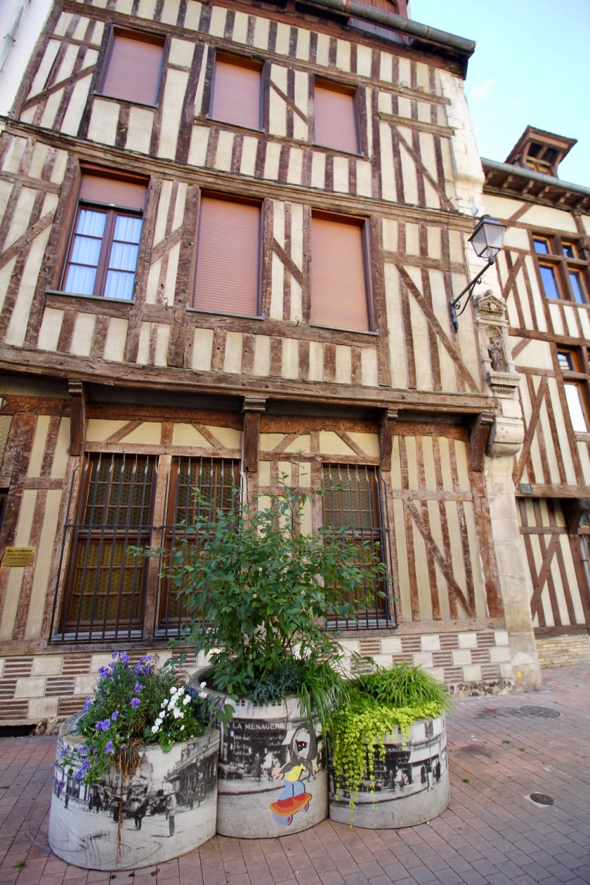 Troyes - 24