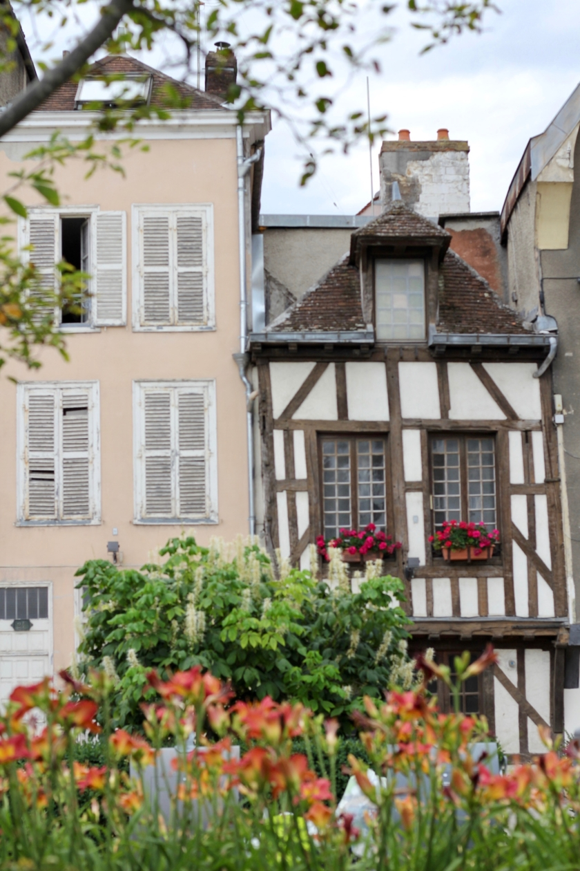 Troyes - 89